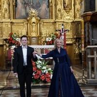 Koncert pieśni Maryjnych i Patriotycznych w wykonaniu Małgorzaty Kellis, znanej polsko-amerykańskiej śpiewaczki operowej.